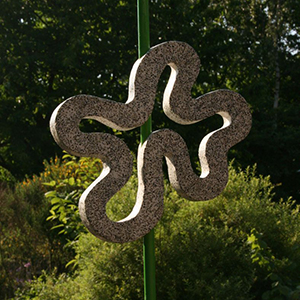 Kronkel 2, granito 50x52 cm